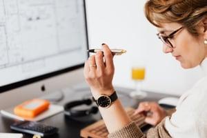 A woman doing an audit.