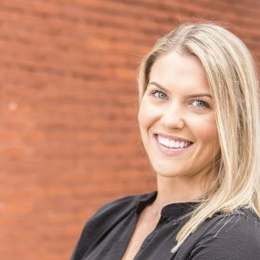 Hannah Feran is Axia's shared media strategist.